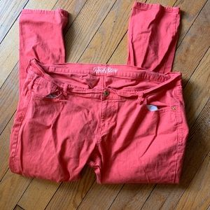 WORN ONCE Old Navy Rockstar Coral Jeans - 18